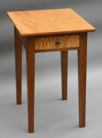 Hepplewhite End Table - 26 high end table